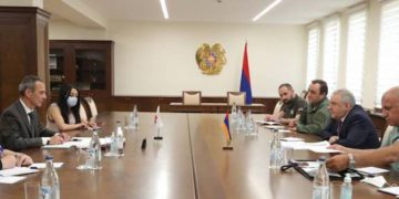 Defense Ministry, ICRC Discuss Missing and Captive Armenians
