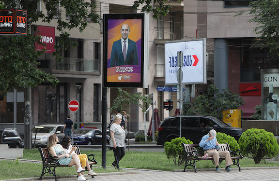 Election Campaign Officially Kicks Off in Armenia