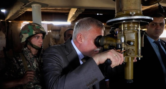 After Yerevan Criticizes CSTO, Its Head Says Border Standoff is a 'Threat' to Member-State Armenia