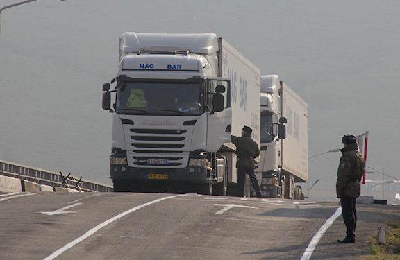 Azerbaijani Police Stop Trucks from Iran, Levy Taxes