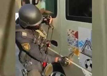 Azerbaijani Soldiers Terrorize Armenian Children On Board Bus