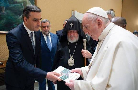 Human Rights Defender Presents Pope With Report on Torture of Armenian POWs